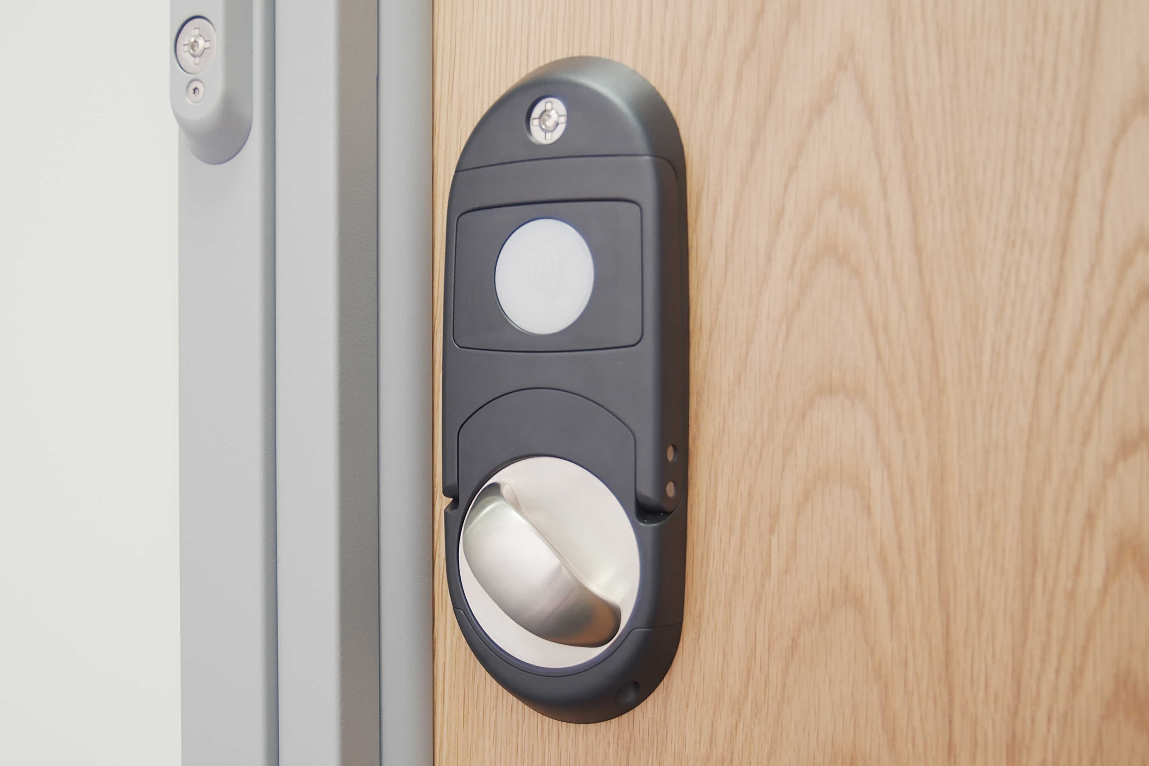 integrated-override-lockset