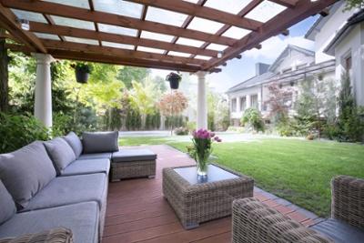 Sicht- und Sonnenschutz im Smart Home
